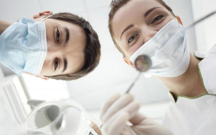 Uma análise bioética das relações intra e inter-equipes de saúde bucal