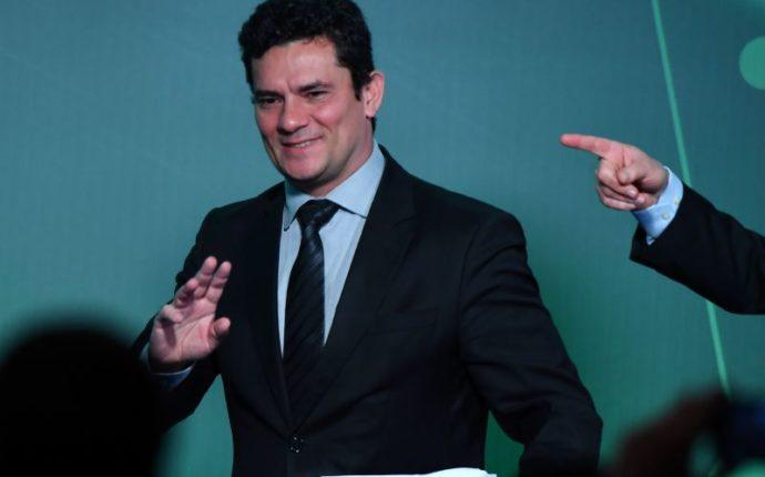 Sérgio Moro manda soltar o publicitário André Gustavo